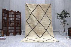 Bohemian rug 4x8 Gorgeous Beni ourain Luxurious Rug Teppich Cream Berber Carpet Hallway Runner Beni ouraian rug, Berber Kilims, Rugs kilims