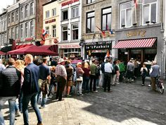 Frietje Reitz een begrip in Maastricht. #Maastricht #Markt #frietjeReitz #frituur #friet #patat #Mestreech #Reitz #Holland #Netherlands