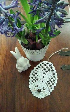 Thread Crochet, Filet Crochet, Crochet Doilies, Knit Crochet, Crochet Appliques, Crochet Bunny Pattern, Easter Crochet Patterns, Crochet Patterns Filet, Diy Ostern