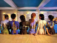 Foto promocional del Pink Floyd back catalogue con seis chicas