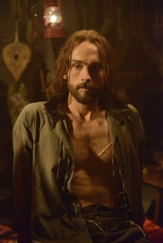 And this is the other main character, Ichabod Crane, back from the dead after 250 years and looking pretty damn fine*.