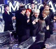 ㅋㅋㅋㅋㅋ !! Congratulations SUGA for winning HOT TREND AWARD at 2017 Melon Music Awards #MAMA2017 ❤️❤️✨