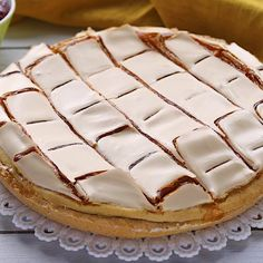 Exceptional Cake desserts info are readily available on our website. Bakery Recipes, Fruit Recipes, Gourmet Recipes, Sweet Recipes, Snack Recipes, Dessert Recipes, My Recipes, Sfogliatelle Recipe, Tolle Desserts