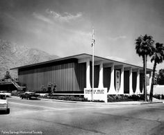 Built in 1966 by Stewart Williams for Coachella Valley Bank. Now home of Chase Bank. Photo by Julius Shulman