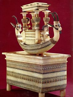 cityzenart: King Tutankhamun's Tomb and Treasures