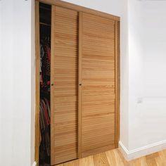 Znalezione obrazy dla zapytania przesuwane drzwi ażurowe do szafy sosnowe