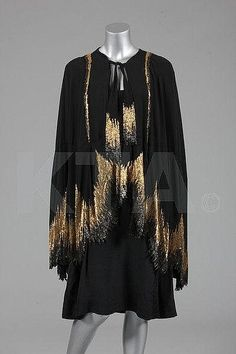 Ensemble, Coco Chanel, 1927  Kerry Taylor Auctions