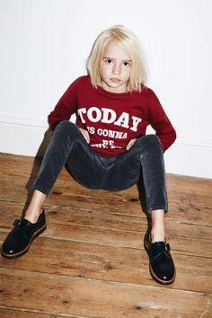 Basic corduroy jeggings from Zara Little Girl Models, Cute Little Girl Dresses, Cute Girl Outfits, Cute Little Girls, Fashion Kids, Young Girl Fashion, Zara Looks, Little Girl Leggings, Kids Clothes Sale
