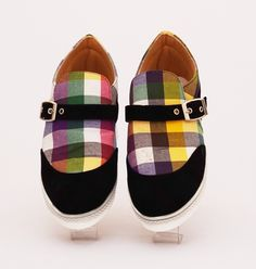 Sepatu casual lukis model sabuk. Cantik trendy. Bahan : kanvas
