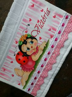 Rose Art, Fabric Painting, Cartoon Drawings, Ladybug, Stencils, Diy And Crafts, Alice, Bee, Butterfly