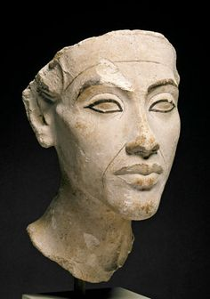 Head of Akhenaten, New Kingdom, 18th Dynasty, around 1340 BC. Egyptian Museum and Papyrus Collection / SMB. Neues Museum, Berlin. Photo: Margarete Büsing