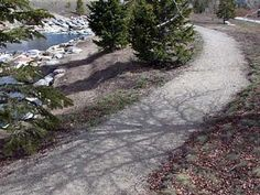 Crushed Stone Walking Trail - Article on the art of building crushed stone trails