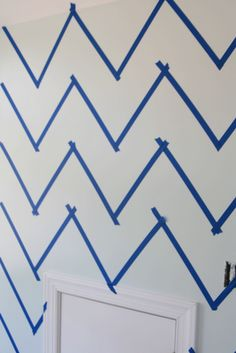 tutorial on painting chevron pattern. this will happen in my next home