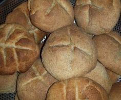 PANECILLOS DE HARINA DE ESPELTA Thermomix Pan, Pan Bread, Food, Spelt Flour, Bread Recipes, Dinner Rolls, Breads, Food Processor, Meals