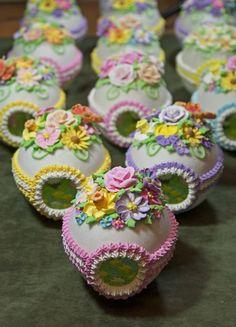Panoramic sugar Easter Eggs!!