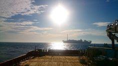 Dia de sol a pino... Dia de calor... Dia de retorno... Ksa enfim... Fim de trabalho: () #offshorelife #homemdomar #FarSaga #Partiu by mario_lcampos