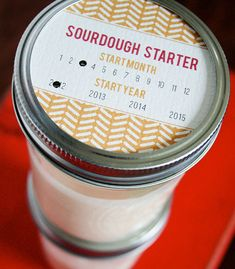 sourdough starter & printable labels  original source: http://www.armommy.com/holidays/sourdough-starter-d-i-y/