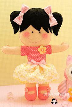 Felt doll with pattern