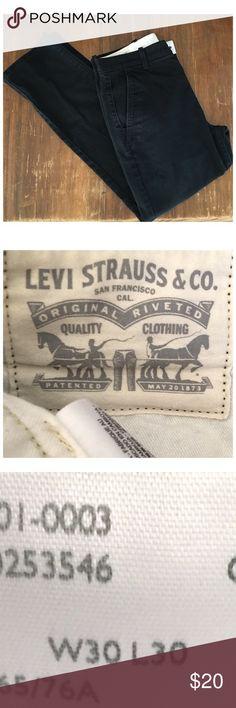 SALE!!Mens Levi's Black Jeans Men's Black Jeans by Levi Strauss. EUC! Size 30 X 30 Levi's Jeans Slim Straight