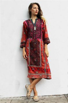 Tavin Boutique - Red and Pink Afghani