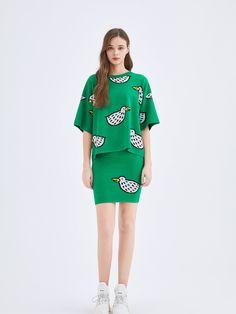 Cream Shirt, Mulberry Silk, Black Knit, A Line Skirts, Wide Leg Pants, Granny Style, Cold Shoulder Dress, Shirt Dress, Pullover