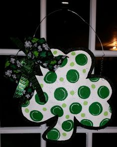 Check out this item in my Etsy shop https://www.etsy.com/listing/223605588/st-patricks-day-door-hanger-st-patricks