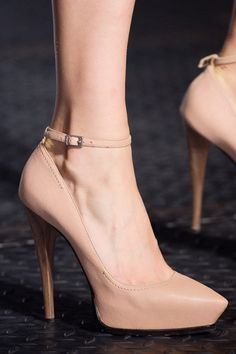 Bridal Style: Neutral Colored High Heels are a Perfect Fit for your Wedding Day | Wedding Party