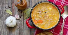 Dvojitá dávka kapusty vo výbornejtradičnej poľskej polievke. Cheeseburger Chowder, Soup, Ethnic Recipes, Soups