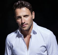 Another Greek god.and gorgeous. Andrew Stetson, Beautiful Men, Beautiful People, Greek Men, Greek Music, World Music, Travel Aesthetic, Best Songs, Male Beauty