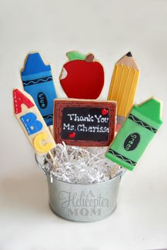 Back to School Cookie Bouquet - Great for teachers or your kids moving up to a new grade! #backtoschool #cookies
