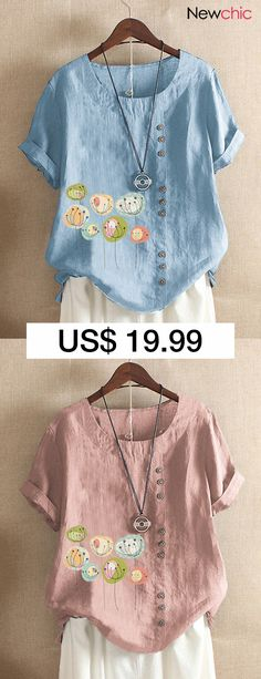Button Cartoon Floral Print Short Sleeve Casual T-shirt. VERYVOGA Colour Block Revers Long Sleeve Button Up Casual Chemise ChemisierSexy V Collar Floral Print Bell Sleeve T-Shirt BlouseAokosor Women's Casual Short Sleeve Round. White Tshirt Outfit, Blouses For Women, T Shirts For Women, Women's Blouses, Frill Shirt, Cool Outfits, Casual Outfits, Perfect Fall Outfit, Indian Bridal Lehenga