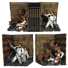 Love these Star Wars trash compactor bookends, though, as Alice at Wonderland points out, that is emphatically not Luke's nose (either pre- or post-surgery). Star Wars Trash Compactor Bookends Statue (via Wonderland) Star Wars Decor, Star Wars Art, Star Trek, Gadgets, Decoracion Star Wars, Cuadros Star Wars, Star Wars Personajes, Star Wars Bedroom, Star Wars Books