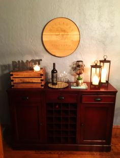 Wine/bar cabinet