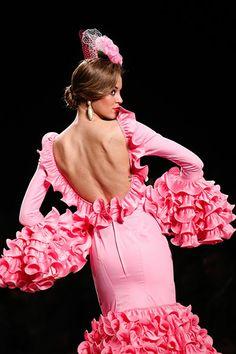 Arte y compás, Simof 2014 Belly Dance, Fashion Forward, Spain, Ruffle Blouse, Color, Inspiration, Beauty, Women, Dance Shoes