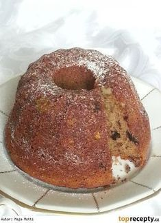 Vánoční bábovka Bunt Cakes, Oreo Cupcakes, Food Hacks, Doughnut, French Toast, Food And Drink, Sweets, Breakfast, Desserts