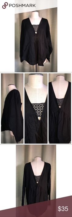 Free People Long Sleeve Tunic Pre•loved Free People Long Sleeve Tunic  Size Large  Black Cotton blend Lace opening in the front and back EUC 3618F Free People Tops