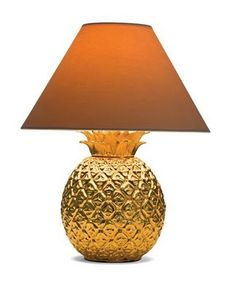 Gold pineapple #lamp.