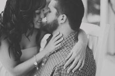 Rachael Lindsy Photography / Lake Texoma Engagement Session #laketexomaweddingphotographer  #engagementsession #couple