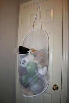 Wreath Hanger+Door+Mesh Laundry Hamper = Stuffed animal storage (if we don't have enough floor space for basket Big Stuffed Animal, Stuffed Animal Storage, Mesh Laundry Bags, Laundry Hamper, Laundry Room, Organizing Stuffed Animals, Pet Organization, Organization Ideas, Toy Rooms