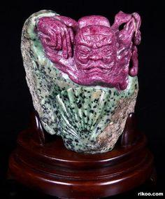 "7.1"" Carved Ruby Zoisite Chungkuel Sculpture. Stone origin : Tanzania. Via rikoo.com"