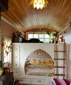 10/31 Gorgeous tiny house bus with tons of storage space for family of three | Tiny House Community Maps, Events, Posts & Reviews