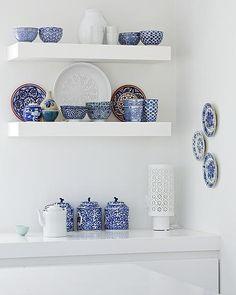 Inspiração: azul e branco na decoração de cozinhas e copas.