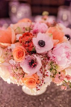 Table centrepiece ... #pastel #coral #peach #wedding ... Wedding #ideas for brides, grooms, parents & planners ... https://itunes.apple.com/us/app/the-gold-wedding-planner/id498112599?ls=1=8 … plus how to organise an entire wedding, without overspending ♥ The Gold Wedding Planner iPhone #App ♥