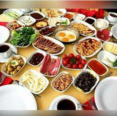 Bolig til salgs i Alanya Turkish Recipes, Ethnic Recipes, Crispy Smashed Potatoes, Alanya Turkey, Chicken Corn Chowder, Turkey Glaze, Always Hungry, Turkey Meatballs, Make Ahead Breakfast
