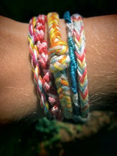 The Plaid Owl: DIY: Friendship Bracelet Madness