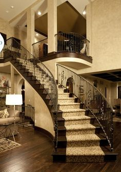 Traditional Staircase Design, Pictures, Remodel, Decor and Ideas - page 2 Curved Staircase, Staircase Design, Grand Staircase, Staircase Runner, Spiral Stair, Staircase Ideas, Winding Staircase, Stair Design, Staircase Makeover