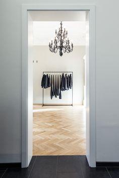 Dimitri Store - Dimitri Shop  #dimitristore #dimitrishop #bydimitri #dimitri #shop #store #meran #italy Woman Silhouette, Timeless Elegance, Elegant, Store, Design, Home Decor, Classy, Decoration Home, Room Decor