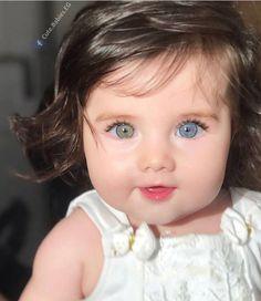 Was ist deine Augenfarbe? Cute Kids Pics, Cute Baby Girl Pictures, Cute Little Baby, Pretty Baby, Cute Eyes, Pretty Eyes, Gorgeous Eyes, Beautiful Children, Beautiful Babies