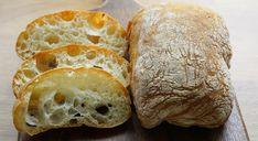 Recept na chrumkavý a veľmi jednoduchý taliansky chlebík, ktorý pripravíte bez miesenia. Ciabatta, Food Art, Samos, Ricotta, Food And Drink, Bread, Recipes, Nova, Kitchen