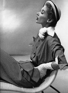Photo by Irving Penn. Model, Lisa Fonssagrives